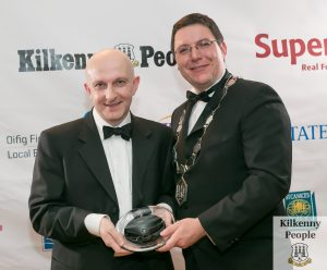 Richard Cook receives the President's Award from Martin Costello, Kilkenny Chamber during the Glanbia Kilkenny Business Awards at Lyrath Estate Hotel. Photo: Pat Moore.