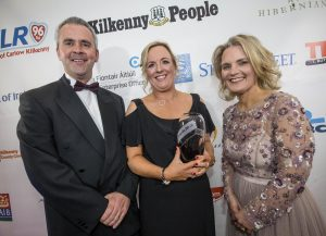 Edel O'Donovan collected the Customer Service Excellence award for the Newpark Hotel with Cathal Smyth, State Street, sponsor and Deirdre Shine, Kilkenny Chamber at the Kilkenny Chamber Business Awards. Photo: Pat Moore.
