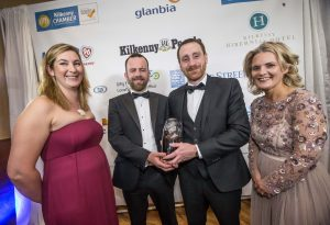 Rodger Greene and Sean Doyle, Modus Energy receive their Enviromental Award from Sarah Boulanger, EPA and Deirdre Shine, Kilkenny Chamber at the Kilkenny Chamber Business Awards. Photo: Pat Moore.