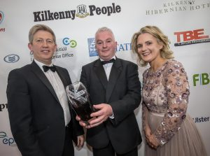 Eddie Devereux, Eco Life Energy receive the Innovation in Business award from Michael O'Dwyer, AIB and Deirdre Shine, Kilkenny Chamber at the Kilkenny Chamber Business Awards. Photo: Pat Moore.